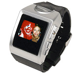 Digital Photo Frame Watch (Image courtesy Geeks.com)