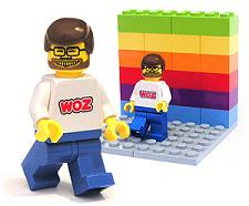 Woz minifig smiling at ya!