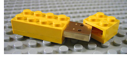 LEGO Flash Drive (Image courtesy Brickshelf)