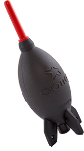Giottos Rocket-Air Blower (Image courtesy Dan's Data)