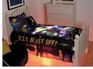 Hammacher Schlemmer Illuminated Comforter (Image courtesy Hammacher Schlemmer)