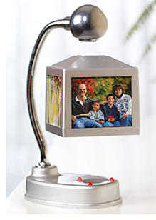 Magnalectric Cube Picture Frame (Image courtesy Hollywood Gadgets)