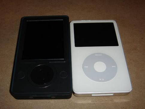 zune ipod side by side