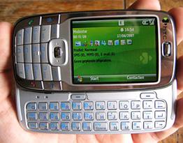 HTC S710 Vox (Image courtesy DV Hardware)