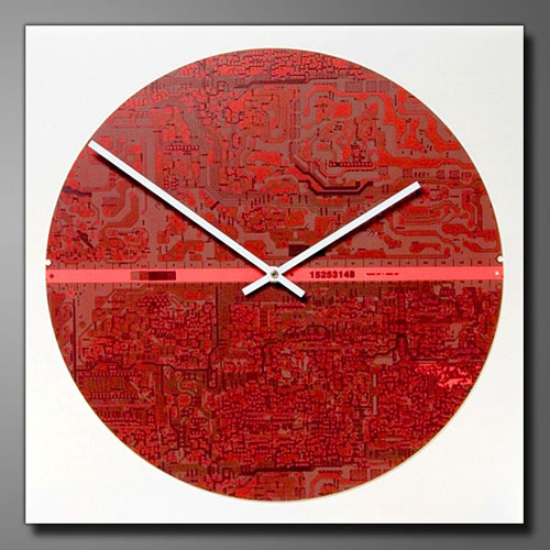 14 inch Motherboard Wall Clock (image courtesy of Motherboard Gifts & More)