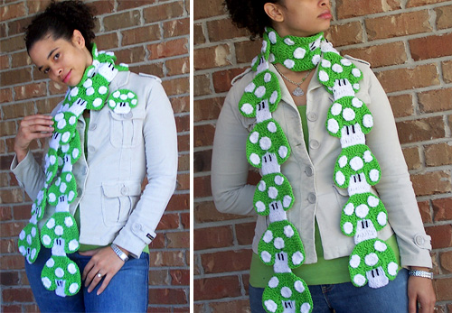 Custom 1-UP Mushroom Crochet Scarf (Images courtesy Etsy)