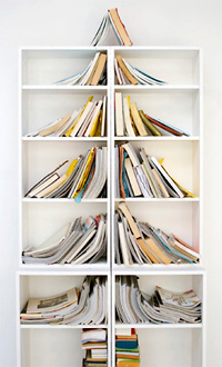 Bookshelf Christmas Tree (Image courtesy Hoi Pippo)