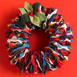 Festive Sweater Wreath (Image courtesy VivaTerra)