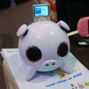 [CES 2008] Amethyst Piggy iPod Dock