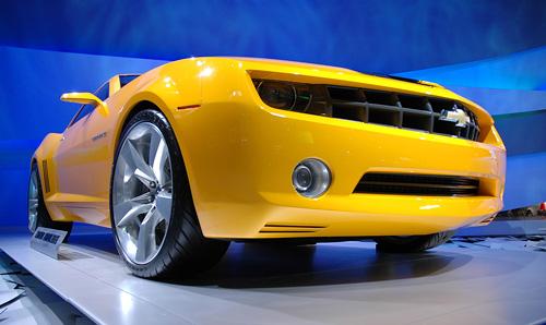 Camaro Bumblebee (Image property of OhGizmo!)