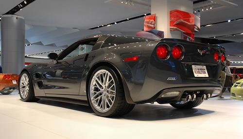 Corvette ZR-1 (Image property of OhGizmo!)