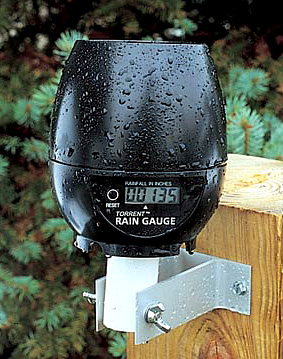 Wireless Digital Rain Gauge (Image courtesy Sporty\'s Tool Shop)