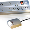 Isolé IDP-3050 Power Strip Automatically Shuts Off When You're Not Around