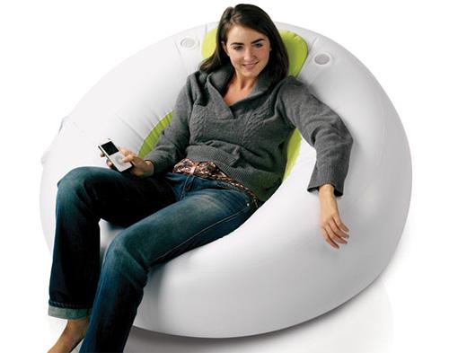 Ozone Inflatable Lounger (Image courtesy Gadgetshop)