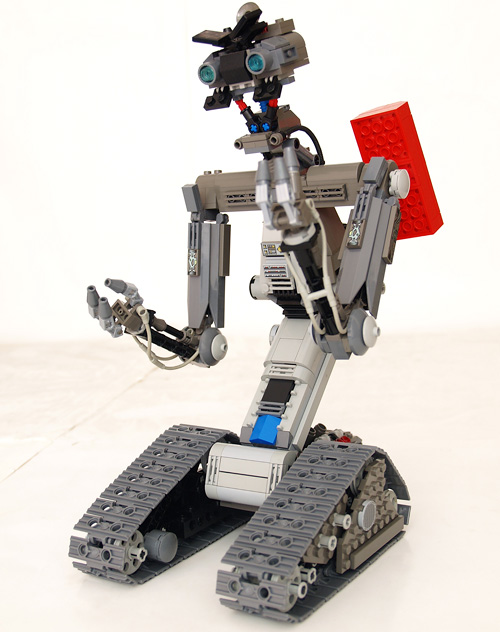 LEGO Johnny-5 (Image courtesy rack911 via Brickshelf)