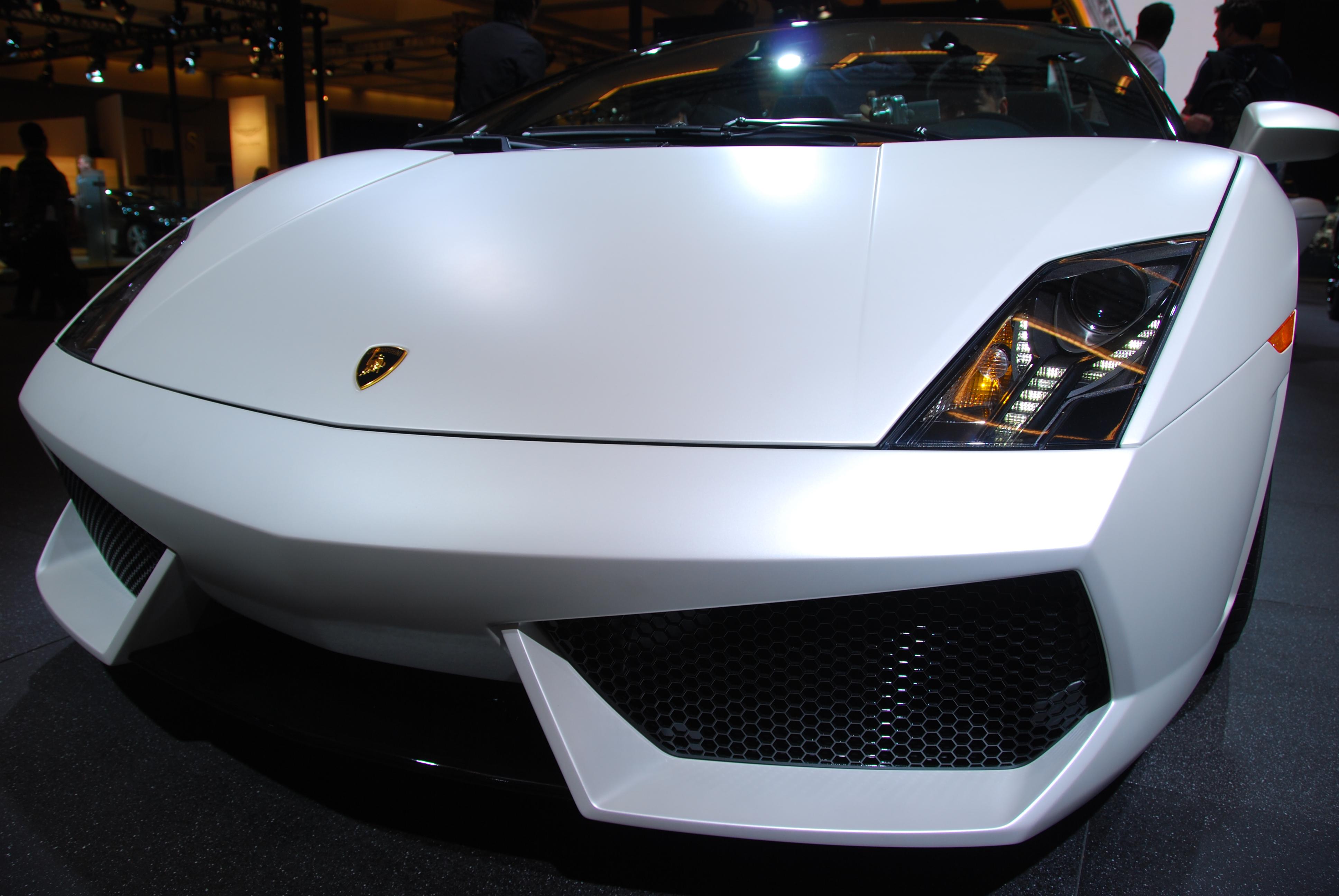yellow Lamborghini+