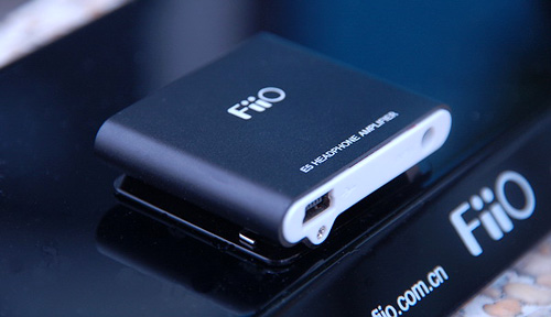 FiiO E5 Headphone Amplifier (Image courtesy Generation MP3)