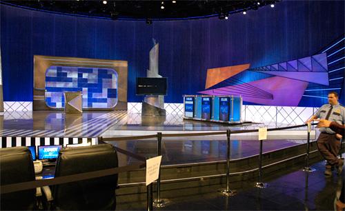 Jeopardy @ CES 2009 (Image property of OhGizmo!)
