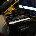 [CES 2009] Miniature Self-Playing Piano