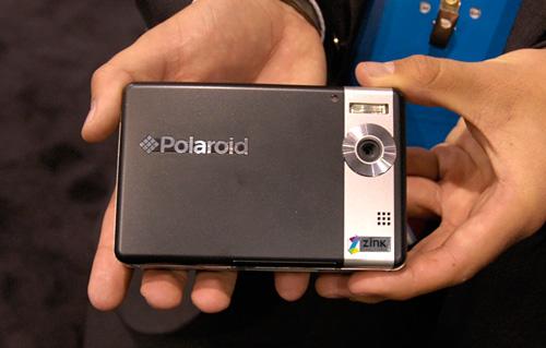 Polaroid PoGo (Image property of OhGizmo!)