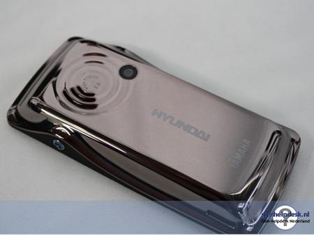hyundai-mb-490i-dolphin_back