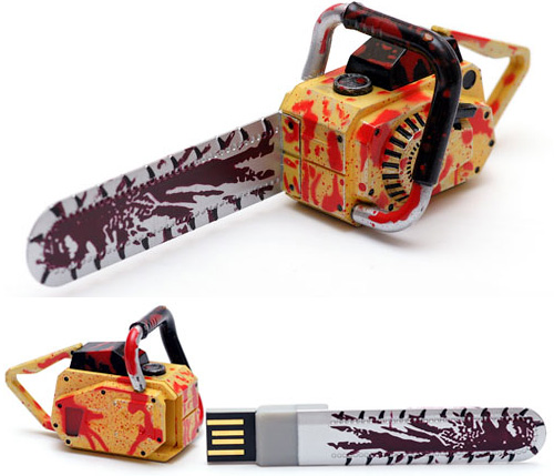 Resident Evil 5 Chainsaw USB Flash Drive (Images courtesy eBay)