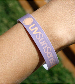 UVSunSense Wristband (Image courtesy Beauty or Bust)