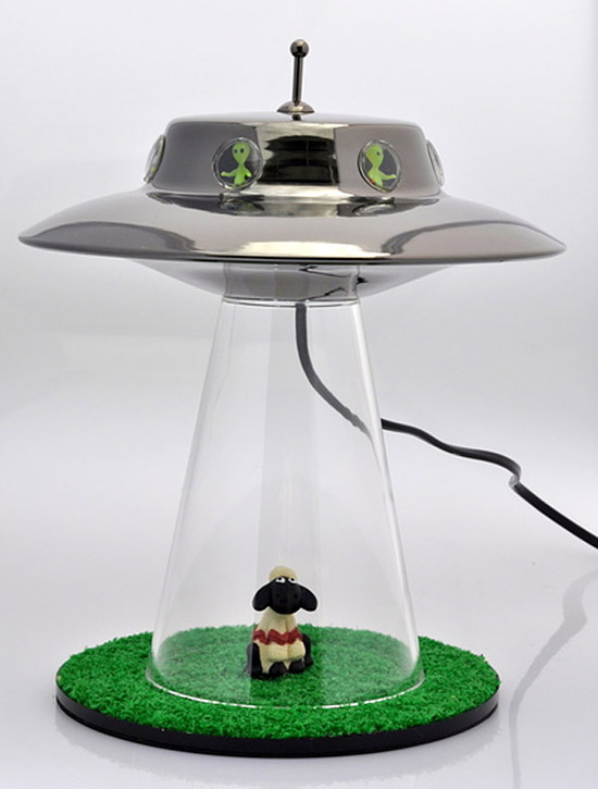 alien_abduction_lamp-thumb-550x725-26607