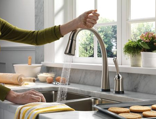 Pilar Touch-Activated Single Handle Pull-Down Kitchen Faucet with ToucH2O Technology (Image courtesy Delta)