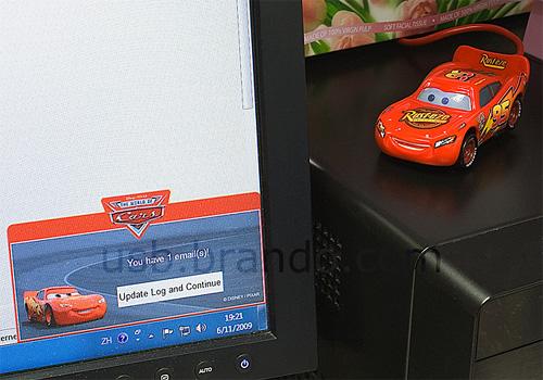 Disney Cars USB Email Alert (Image courtesy USB.Brando.com)