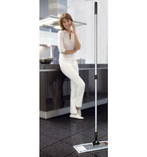 Magic Click Floor Mop (Image courtesy Pro-Idee)