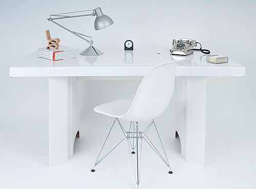 Paperweight Desk (Image courtesy nigel's eco store)