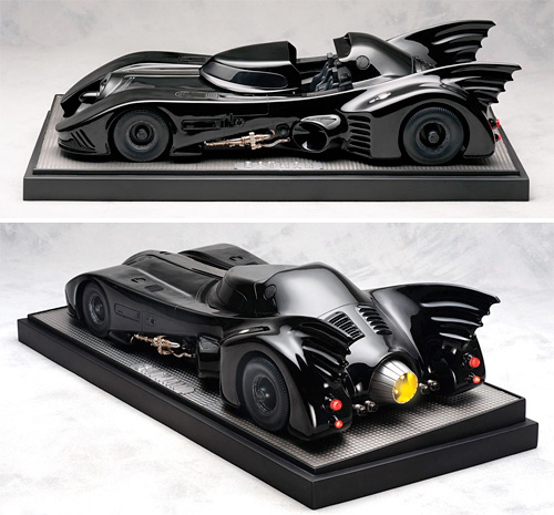 Batmobile Replica (Images courtesy Sideshow Collectibles)
