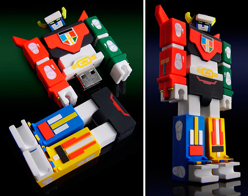Voltron Nekobot Flash Drive (Images courtesy INCUBOT Productions)
