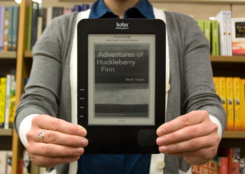 Second Generation Kobo eReader (Image property OhGizmo!)