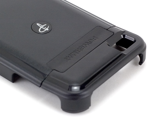 Powermat Wireless Charging System For The iPhone 4 (Image property OhGizmo!)