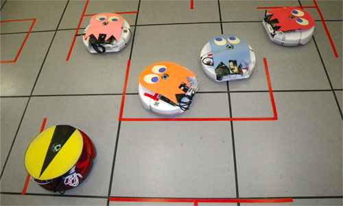Roomba Pac-Man (Image courtesy Jack Elston)