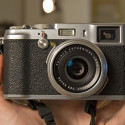 Hands-On With The FujiFilm FinePix X100