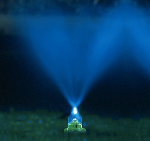 Water And Light Lawn Show (Image courtesy Hammacher Schlemmer)