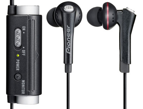 Pioneer SE-NC31C-K Noise Cancelling Earbuds (Image courtesy Pioneer)