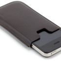 OhGizmo! Review – XtremeMac Leather Sleeve For The iPhone 4