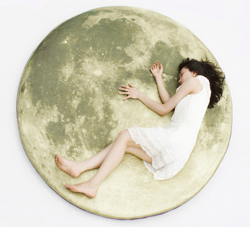 Full Moon Odyssey Floor Pillow (Image courtesy i3 Lab)