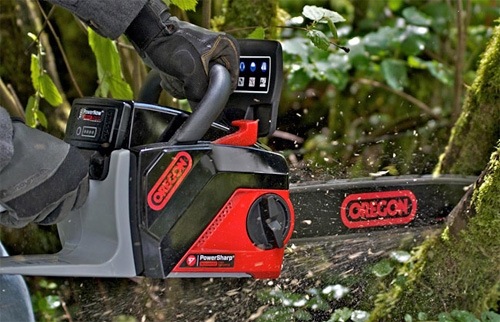 OREGON PowerNow 40V MAX Battery Powered Chainsaw (Image courtesy OREGON)