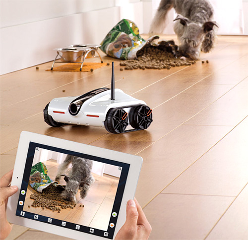 Rover App-Controlled Spy Tank (Image courtesy Brookstone)