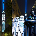 For One Night London Was Home To The Largest Lightsaber In The World