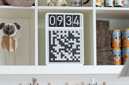 QR Code Clock (Image courtesy Berg London)