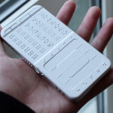 Braille Mobile Phone Concept Should Become Reality
