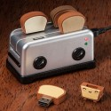USB Toaster Hub with Toast Flash Drives are Deliciously Geeky