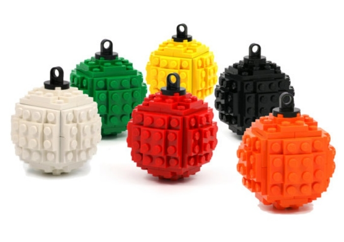LEGO Ornaments Will Geek Up Your Christmas Tree | OhGizmo!
