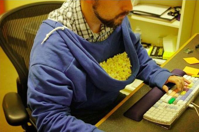 Pop-corn-hoodie.jpg